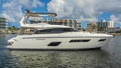 2016 Ferretti Yachts 550