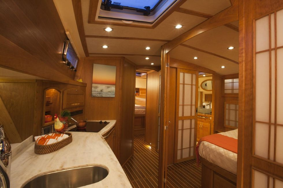 2017 Sabre 48 Flybridge Sedan - Galley/Master (Sistership)