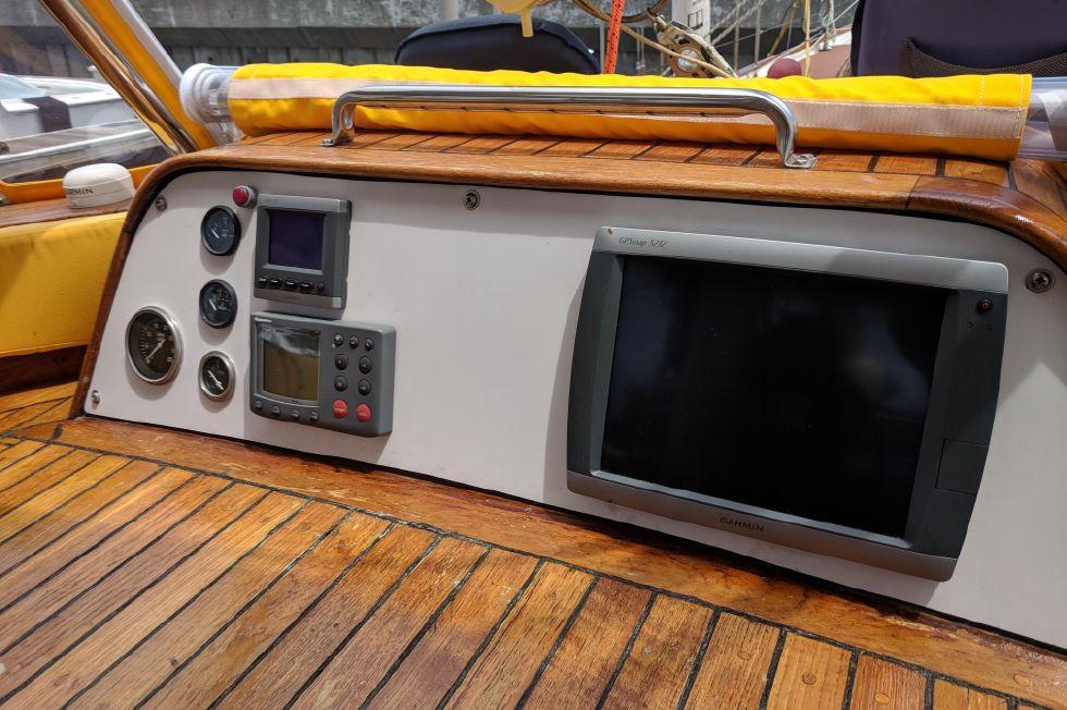 1985 Hudson Force 50 Venice 50 Boats for Sale - Edwards Yacht Sales