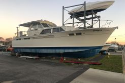 1967 Chris-Craft 47 Commander