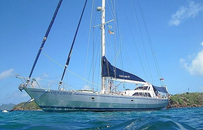 2008 Auzepy Brenneur Sloop - Auzepy Brenneur Sloop - Comfortable at Anchor