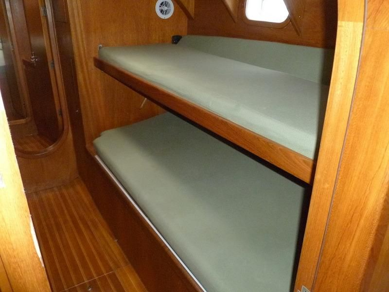 2008 Auzepy Brenneur Sloop - Auzepy Brenneur Sloop - Stbd Guest Cabin Bunks