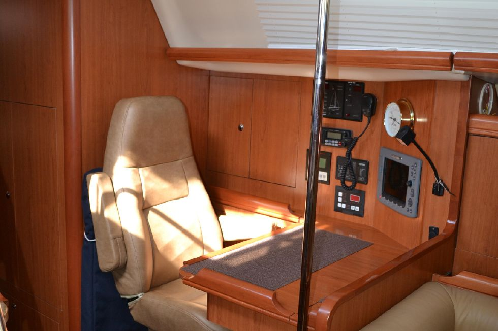 Navigation Station with Captains Chair