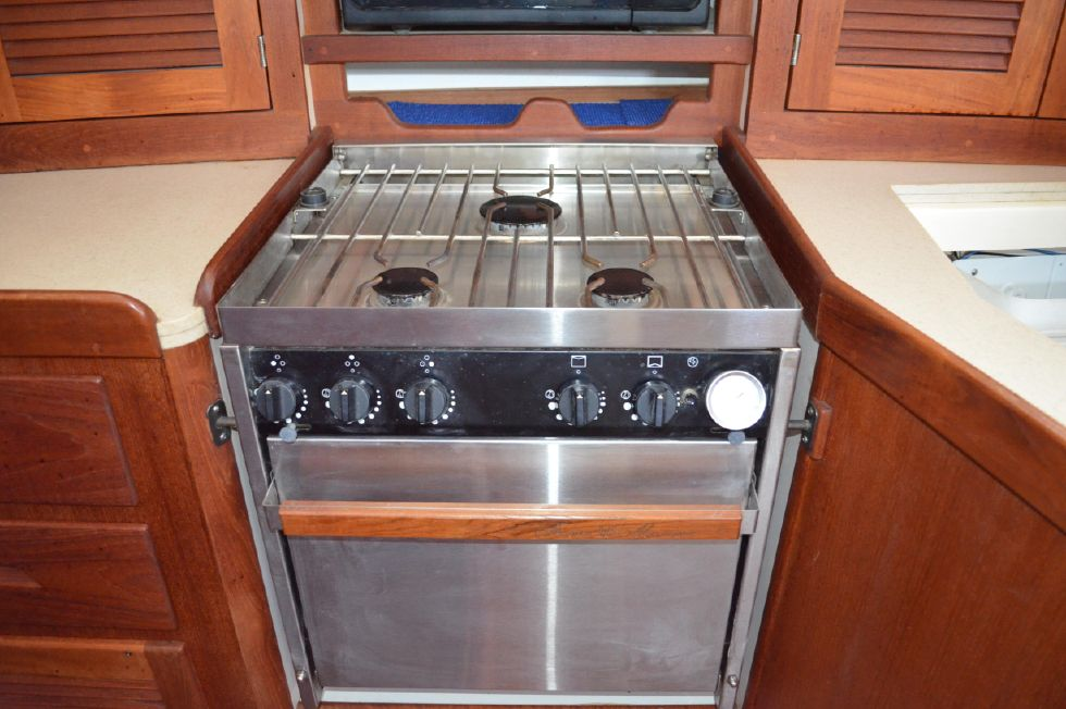 Tartan 4100 Force 10 Stainless Stove