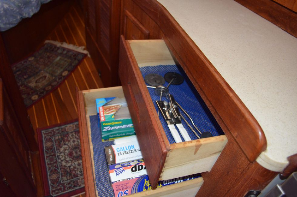 Tartan 4100 Galley Drawers