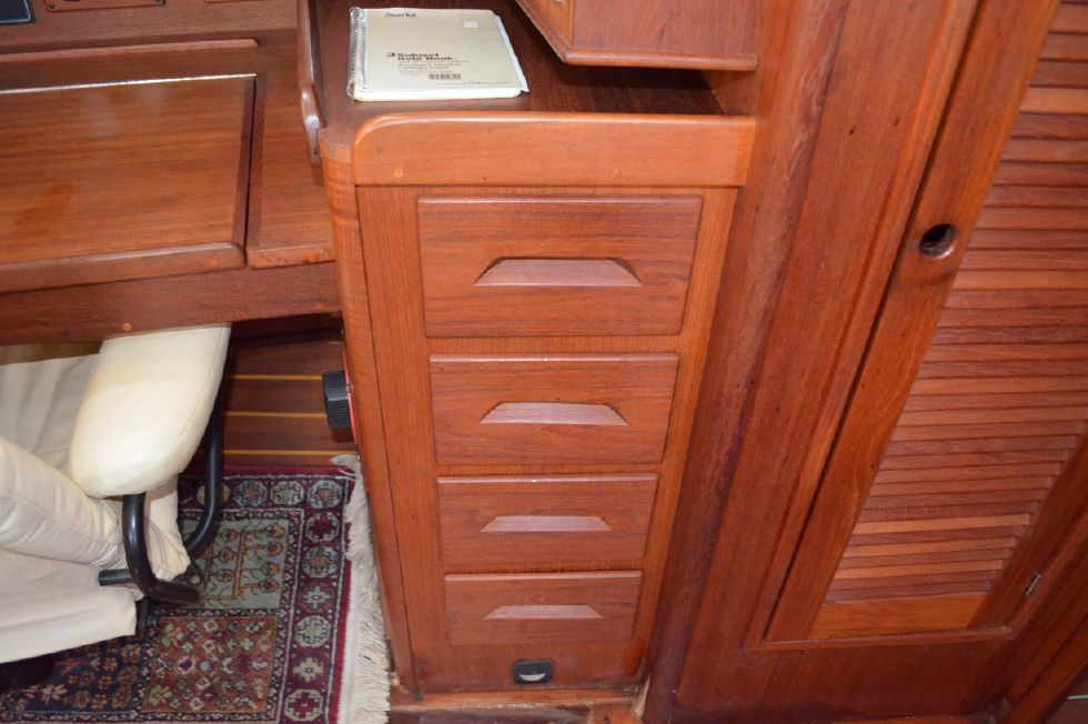 Tartan 4100 Nav Station Drawers