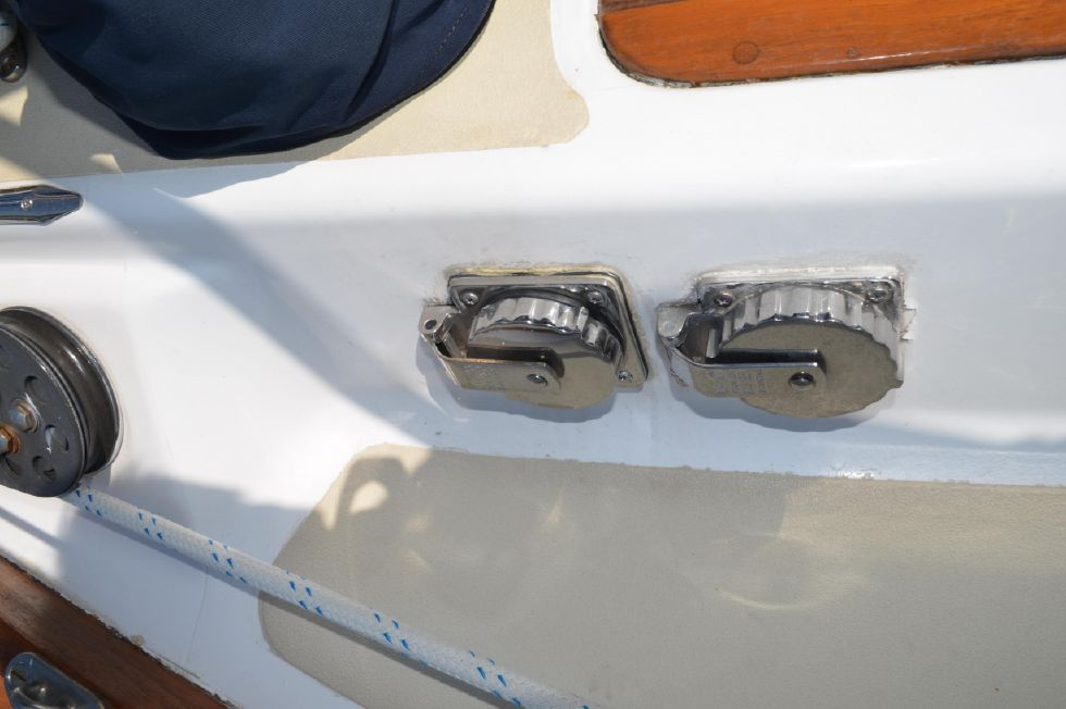 Tartan 4100 Shore Power Inlets