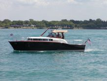 1957 Chris-Craft 33 Futura