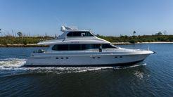 1999 Lazzara Yachts 76 Skylounge