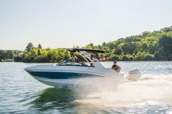 2022 Sea Ray SDX 250 Outboard