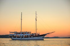 2013 Marina Vinici Wooden Schooner Cruise Ship