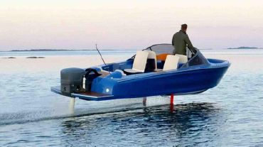 2021 Candela 7-Electric Hydrofoil Speedboat