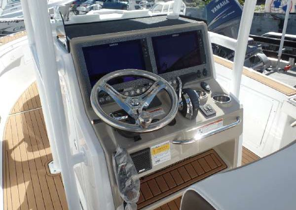 Crevalle 26 Open with upper station image