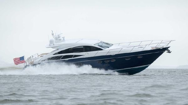 Princess V65 Running From The Water