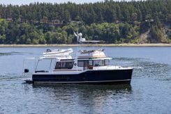 2022 Ranger Tugs 43 Command Bridge