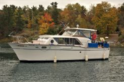 1962 Chris-Craft Constellation 37