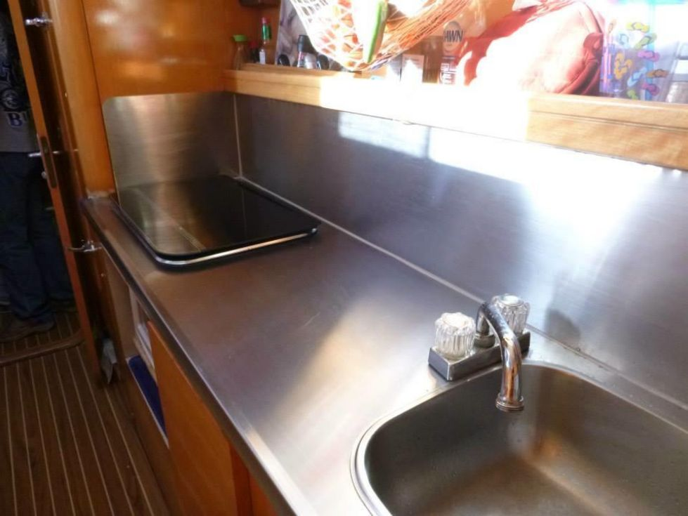1996 Privilege 37 Owners Version - Privilege 37 galley2
