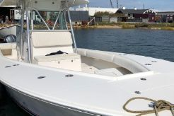 2006 Regulator 32 Forward Seating