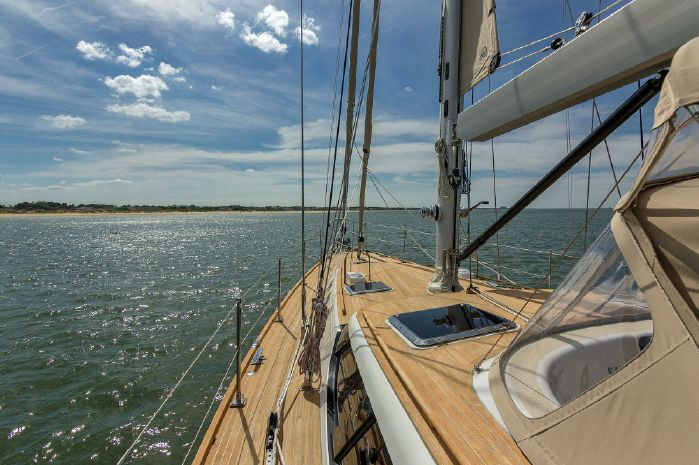 2015 Hylas Buy New England