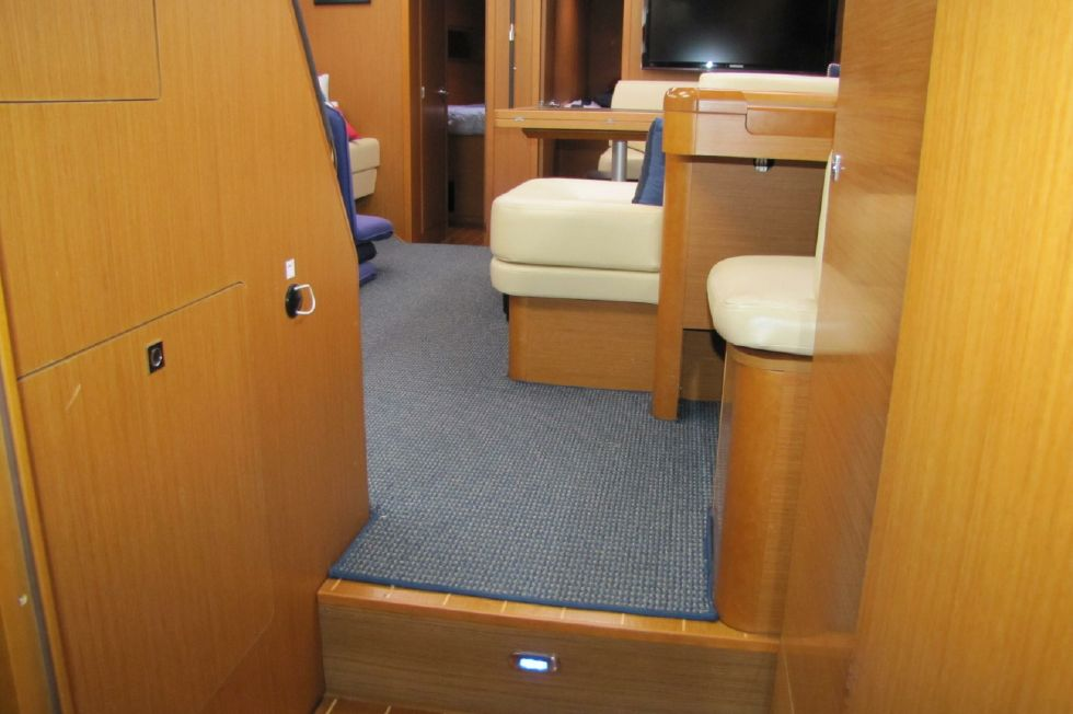 aft cabin looking forward