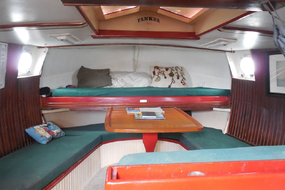 1984 Atlantic City Charter schooner - Aft greatcabin