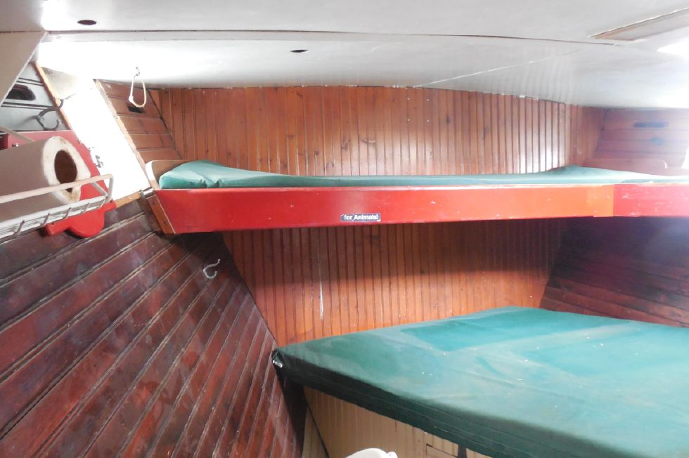 1984 Atlantic City Charter schooner - Forward cabin