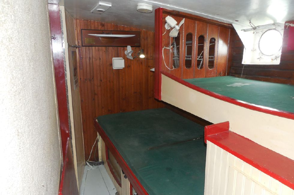 1984 Atlantic City Charter schooner - Port bunk cabin