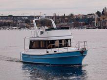 2021 Helmsman Trawlers 31 Sedan