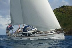 2004 Oyster 53 Deck Saloon