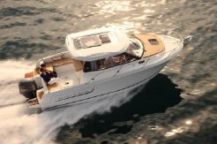 2015 Jeanneau Merry Fisher 805