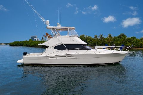 2004 Riviera 47 Open Flybridge Series II