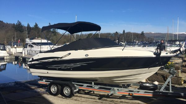 Bayliner 702 Cuddy