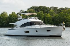 2017 Riviera Belize 54 Daybridge