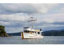 1968 Trawler Cruiser, Motor Yacht