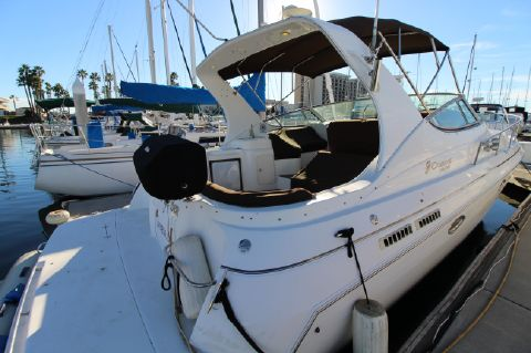 2000 Cruisers Yachts 3375 Express - Aft Starboard