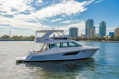 2017 Tiara Yachts F53 Flybridge