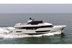 2021 Ocean Alexander 32 Legend