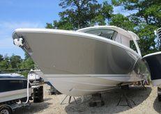 2021 Tiara Yachts 38 LS