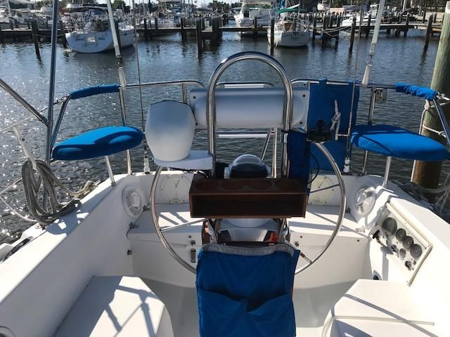1993 Catalina 34 - Catalina 34 Binnacle