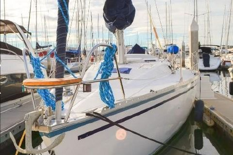 1988 Hunter Sloop