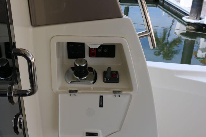 2013 Prestige Yachts Sell Massachusetts