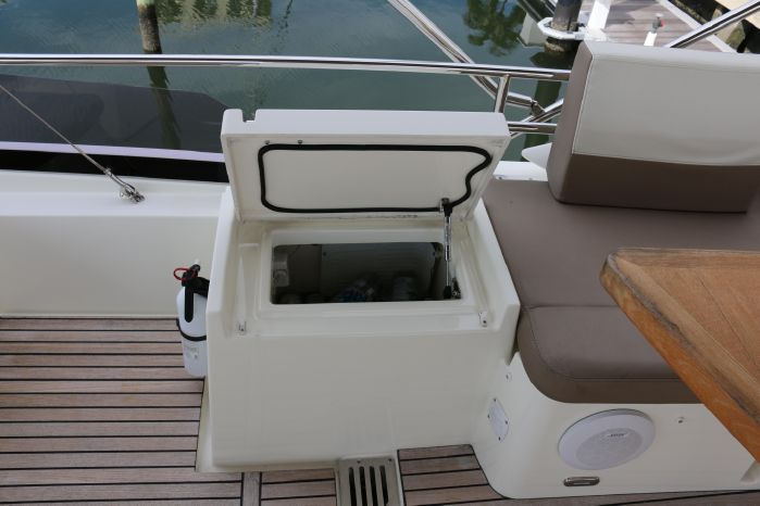 2013 Prestige Yachts For Sale Brokerage