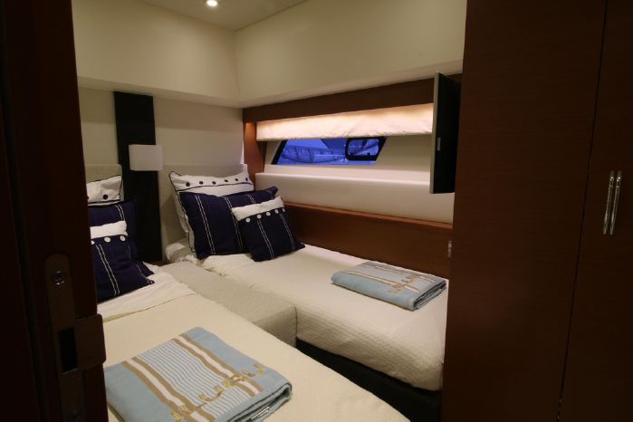 2013 Prestige Yachts BoatsalesListing Connecticut