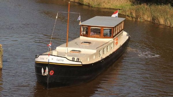 Dutch Barge Luxe Motor