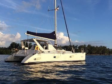 Admiral 38 Owner's Version