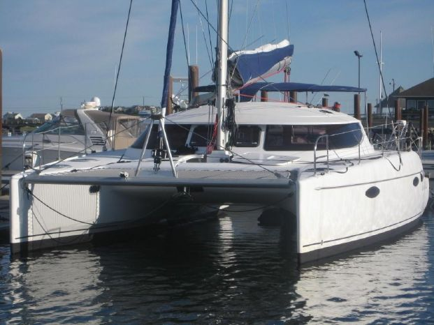 2008 Fountaine Pajot