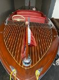 1949 Chris-Craft 17' Classic Deluxe Runabout