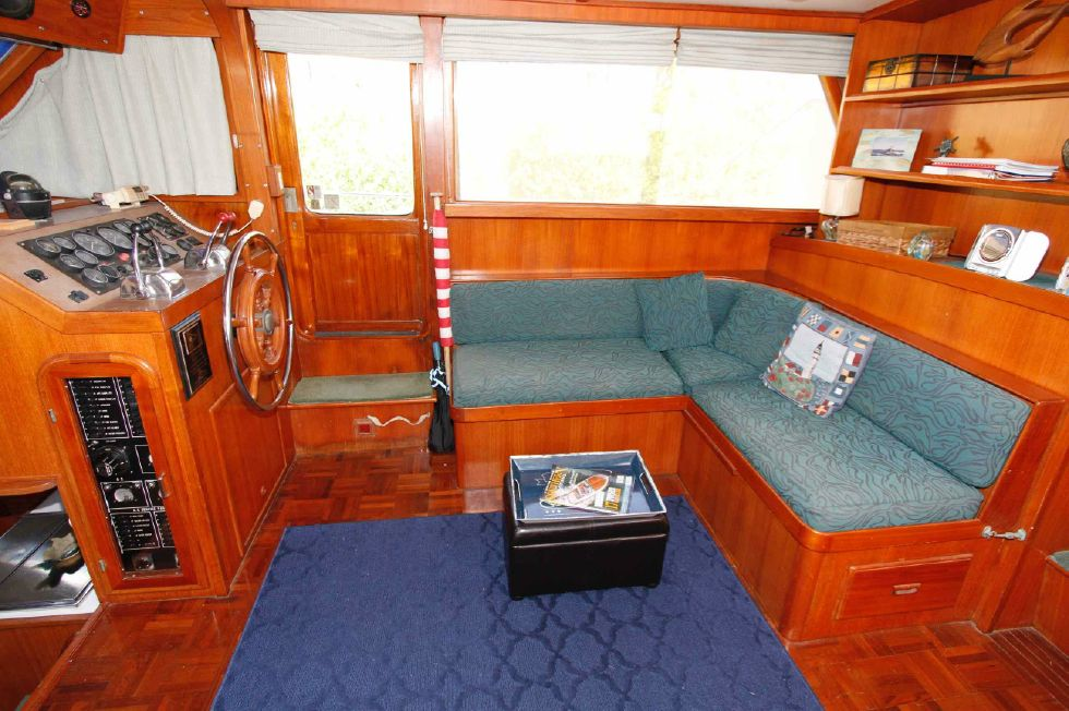 Jefferson 42 Sundeck Salon 'n Lower Helm