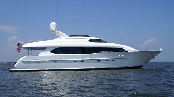 Lazzara Motor Yacht 94