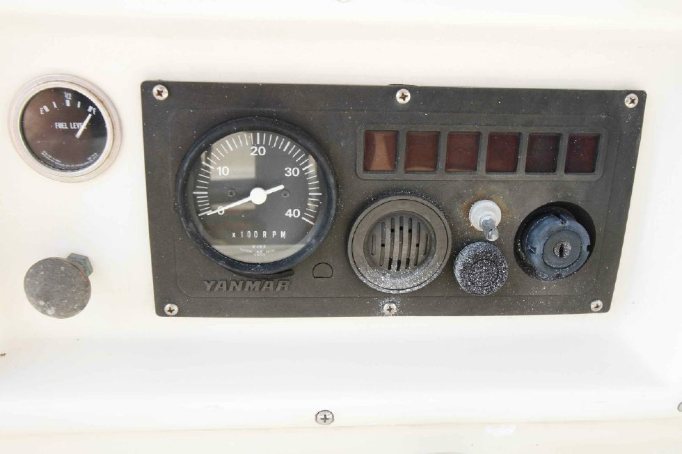 Island Packet 27 Tach, Ignition
